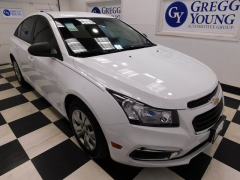 Pre-Owned 2015 Chevrolet Cruze LS FWD 4D Sedan