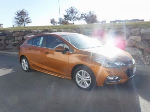 New 2017 Chevrolet Cruze LT FWD 4D Hatchback