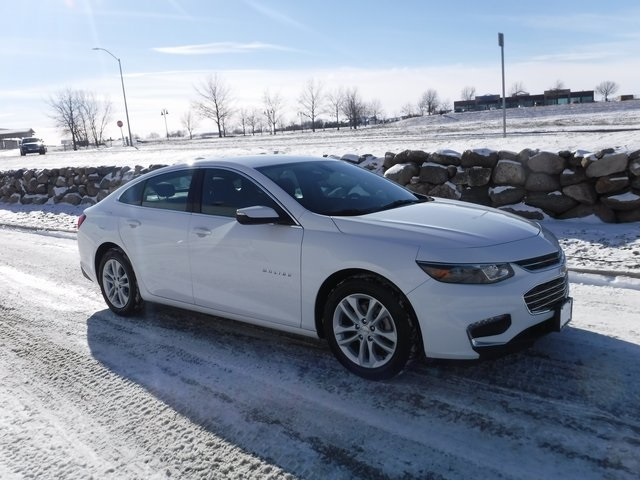 Certified Pre-Owned 2017 Chevrolet Malibu 1LT